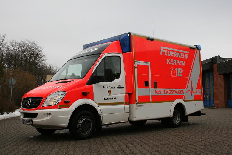 Rettungswagen 4