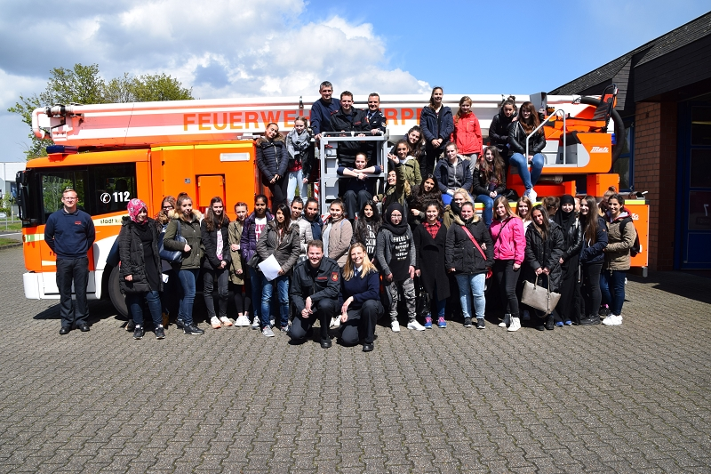 28.04.2016 – Girls Day bei der Feuerwehr Kerpen