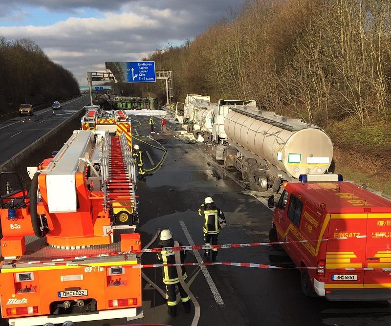19.12.2016 – Schwerer LKW-Unfall auf der BAB 61