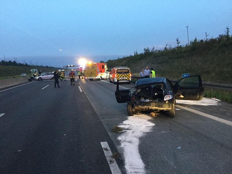 22.08.2017 – Verkehrsunfall auf der Autobahn 4 in Fahrtrichtung Aachen