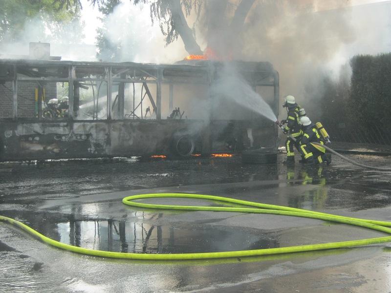 29.09.2017 – Bus bei Feuer vollständig ausgebrannt