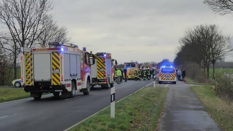 09.12.2017 – Verkehrsunfall mit drei mittelschwer verletzten Personen