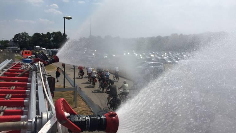 21.07.2018 – Nasse Abkühlung zum Start der NRW-Radtour 2018