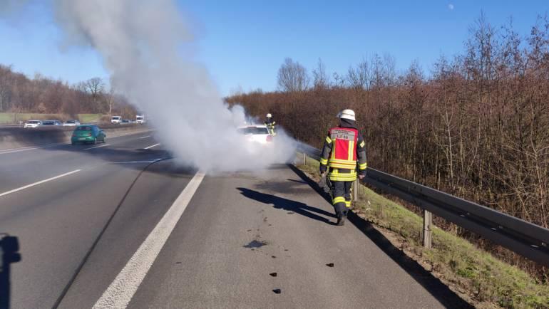15.02.2019 – PKW-Brand auf der Autobahn 4