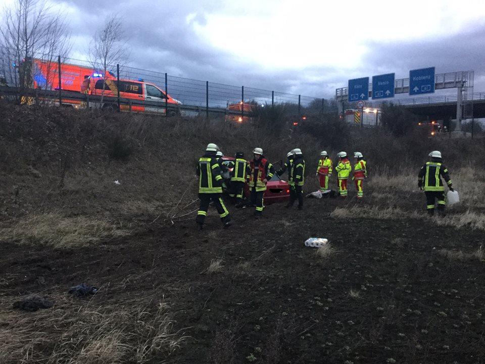 04.03.2019 – Mann stirbt bei Verkehrsunfall auf der BAB 4