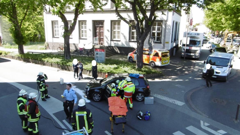 15.05.2019 – Verkehrsunfall zwischen PKW und Bus