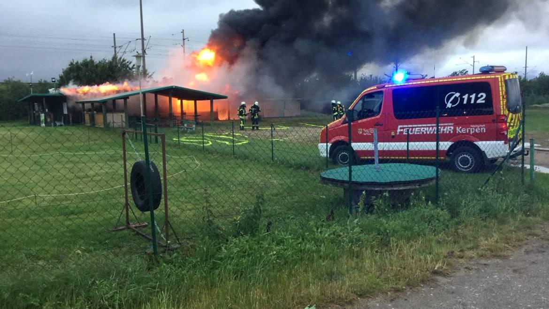 06.06.2019 – Brand eines Vereinsheimes in Buir