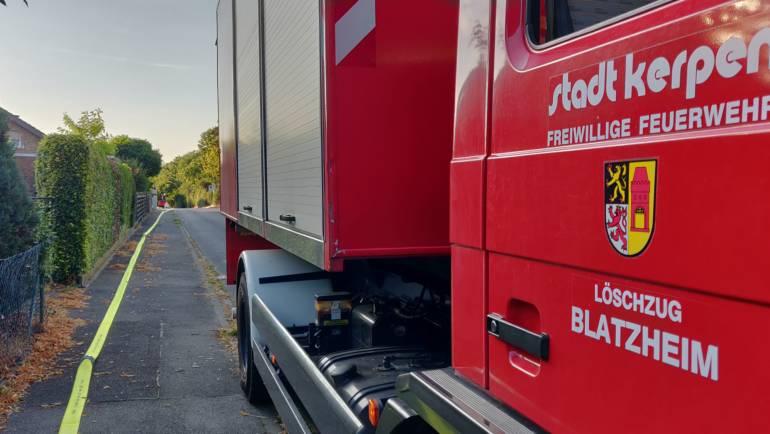 26.07.2019 – Löschzug Blatzheim übt Wasserversorgung über lange Wegstrecken