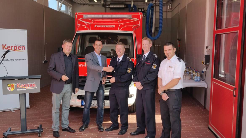 02.09.2019 – Bürgermeister übergibt die neue Rettungswache in Brüggen sowie zwei neue Rettungswagen an die Feuerwehr