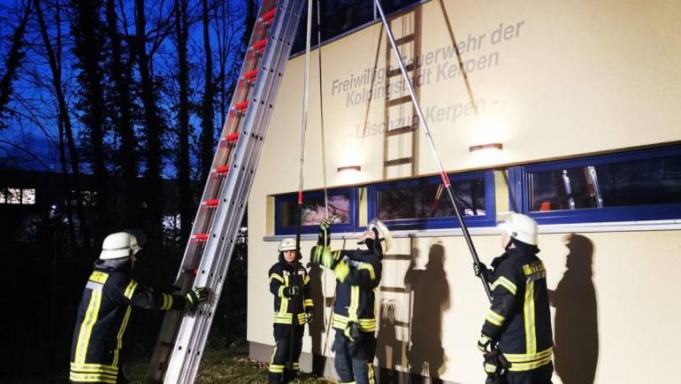 28.11.2019 – Training im Umgang mit tragbaren Leitern