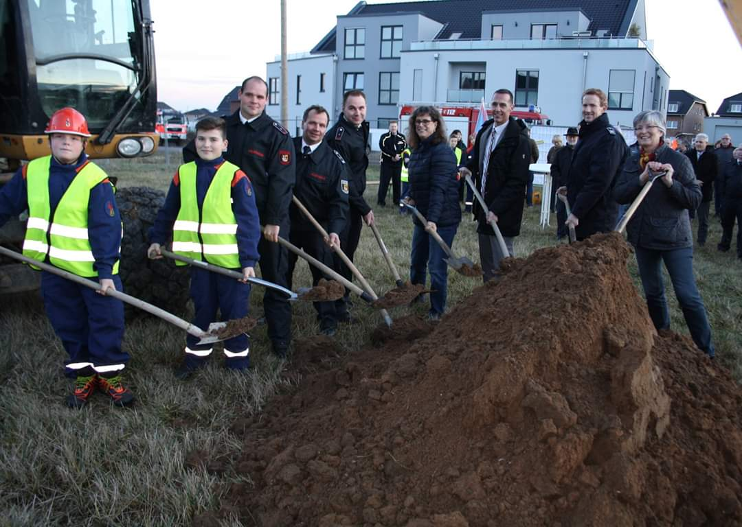 19.12.2019 – Spatenstich zum Neubau des multiplen Feuerwehrhauses in Manheim-neu