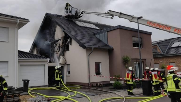 05.06.2020 – Gebäudebrand in Kerpen Manheim-neu