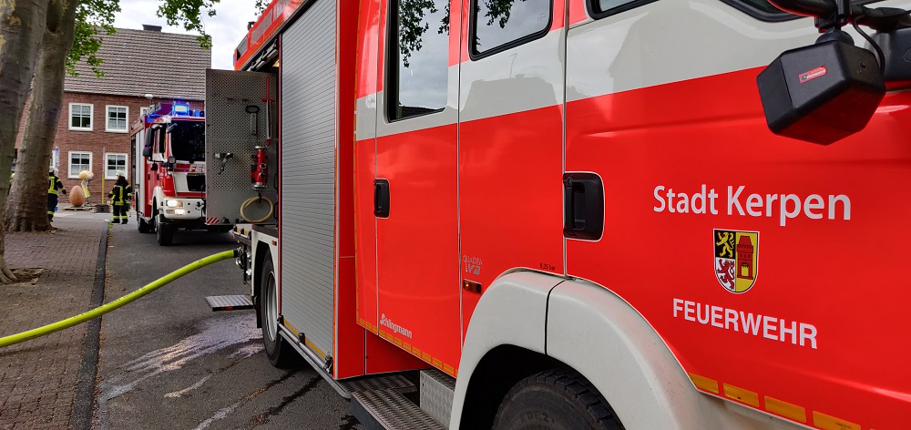 25.07.2020 – Heckenbrand in Kerpen-Blatzheim