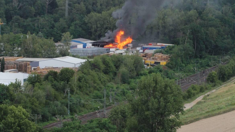 08.07.2020 – Lagerhallenbrand in Kerpen-Horrem