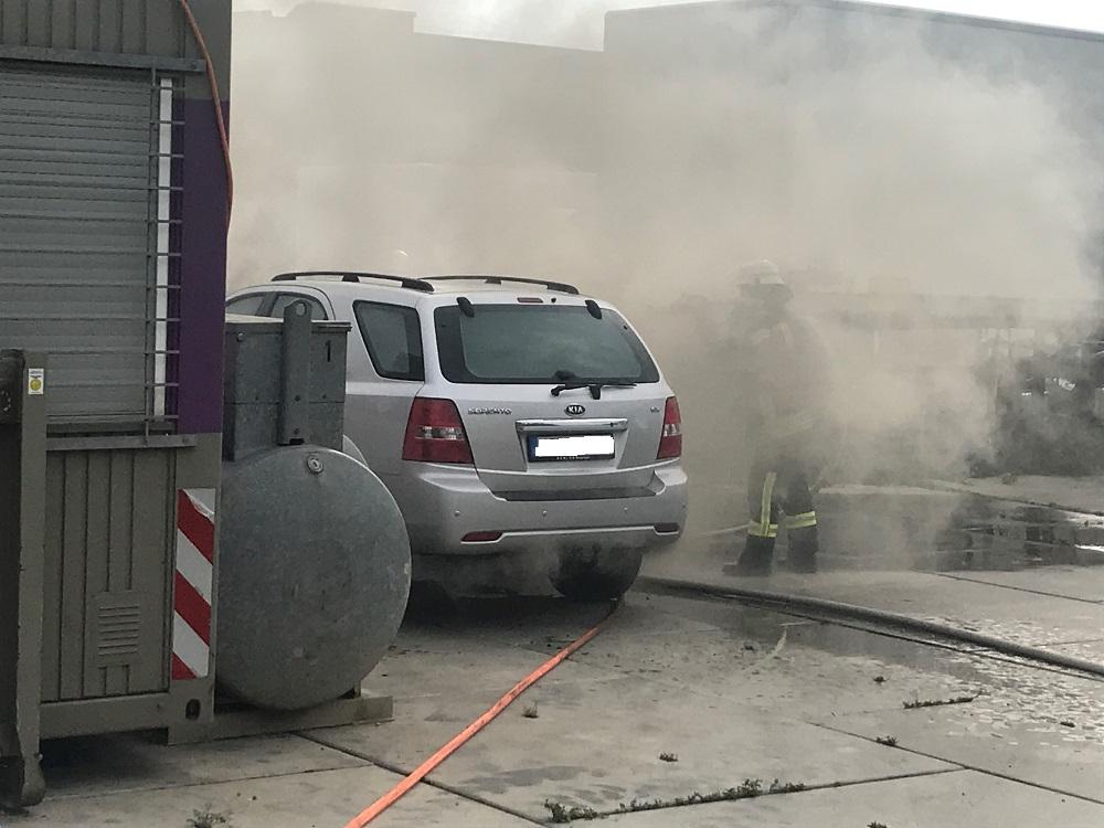 13.08.2020 – Brand eines PKW im Kerpener Industriegebiet