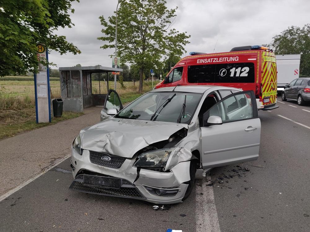 27.08.2020 – Verkehrsunfall auf der Erftstraße in Sindorf